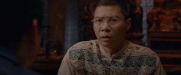 Muôn kiểu thầy bói trong phim Việt: Số 1 khiến Thái Hoa Hồng Trên Ngực Trái phải tin sái cổ - Ảnh 2.