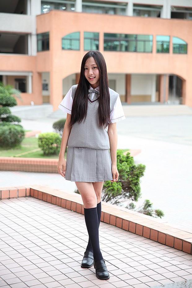 Đồng phục nữ sinh các nước: Hàn Nhật đẹp và trendy, Anh Mỹ lại chân phương không tưởng - Ảnh 8.