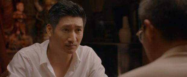 Muôn kiểu thầy bói trong phim Việt: Số 1 khiến Thái Hoa Hồng Trên Ngực Trái phải tin sái cổ - Ảnh 3.