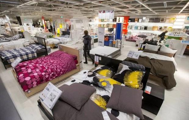 IKEA phát hoảng khi 3000 cô cậu teen đòi chơi trốn tìm trong cửa hàng của hãng, phải nhờ đến cả cảnh sát mới dẹp loạn thành công - Ảnh 2.