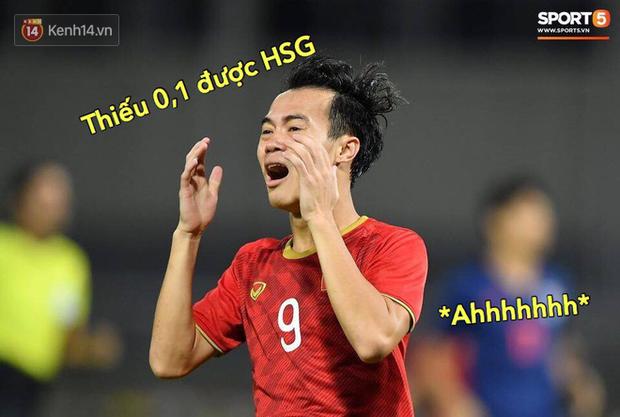 Loạt ảnh chế đội tuyển Việt Nam nở rộ sau trận gặp Thái Lan: Văn Toàn, Duy Mạnh cùng loạt biểu cảm không thể nào đắt giá hơn! - Ảnh 11.