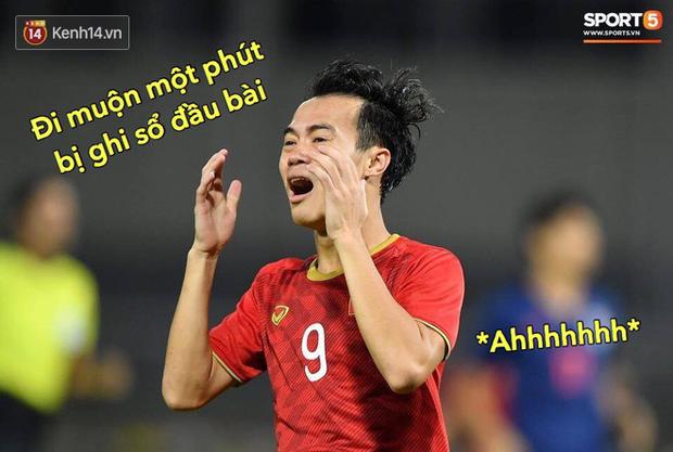 Loạt ảnh chế đội tuyển Việt Nam nở rộ sau trận gặp Thái Lan: Văn Toàn, Duy Mạnh cùng loạt biểu cảm không thể nào đắt giá hơn! - Ảnh 12.