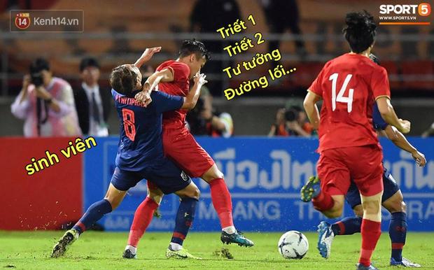 Loạt ảnh chế đội tuyển Việt Nam nở rộ sau trận gặp Thái Lan: Văn Toàn, Duy Mạnh cùng loạt biểu cảm không thể nào đắt giá hơn! - Ảnh 19.