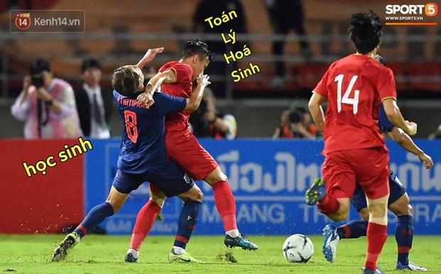 Loạt ảnh chế đội tuyển Việt Nam nở rộ sau trận gặp Thái Lan: Văn Toàn, Duy Mạnh cùng loạt biểu cảm không thể nào đắt giá hơn! - Ảnh 20.