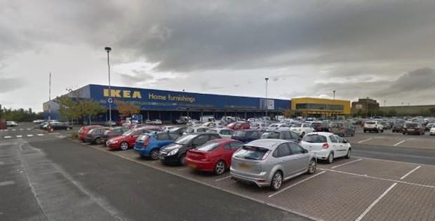 IKEA phát hoảng khi 3000 cô cậu teen đòi chơi trốn tìm trong cửa hàng của hãng, phải nhờ đến cả cảnh sát mới dẹp loạn thành công - Ảnh 3.