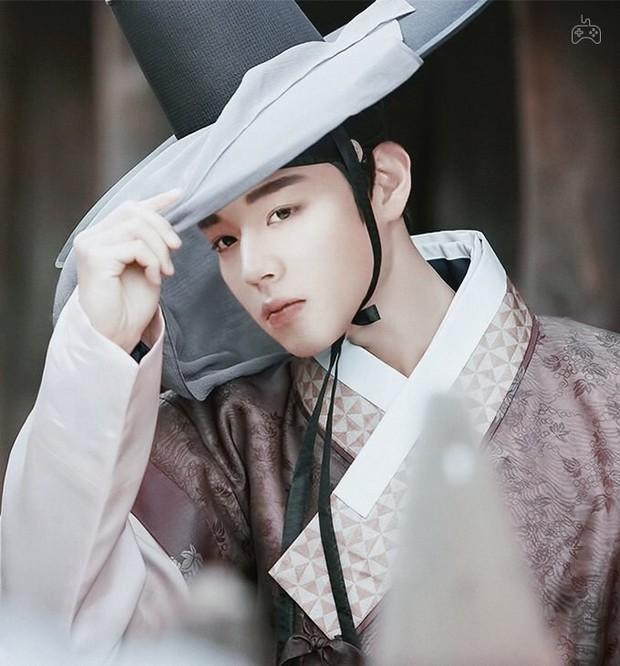 4 lý do phải xem lẹ Sạp Mai Mối Thời Joseon: Đội trai đẹp chống ế cho chị em đến tuổi cập kê dễ cưng chịu không nổi luôn á! - Ảnh 6.