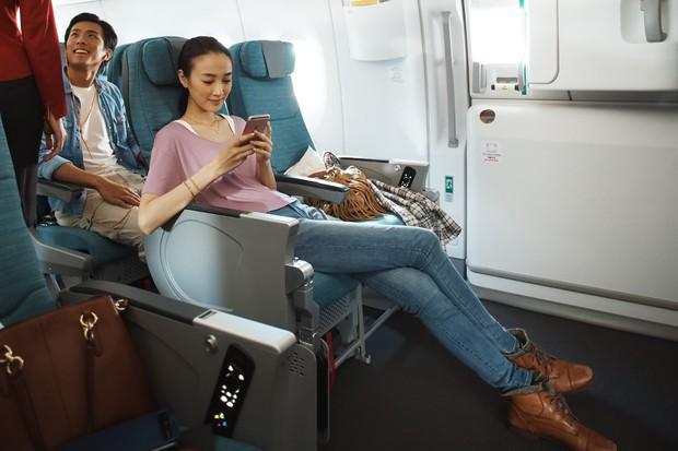 """Cần gì có nấy: 7 cách chọn chỗ ngồi lý tưởng trên máy bay cho đủ mọi nhu cầu, dù """"khó ở"""" đến đâu bạn cũng sẽ được thoả mãn! - Ảnh 1."""