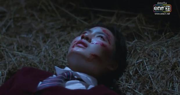 Yêu Chàng Cấp Cứu dập Mai Davika tơi tả ngay tập 1: Xém chết 3 lần lại còn mắc bệnh cuồng người yêu - Ảnh 3.