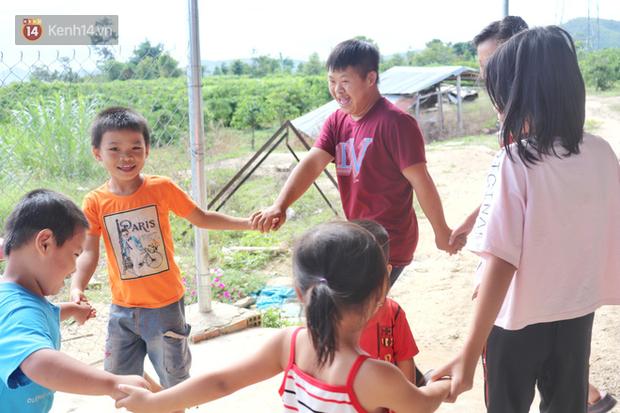 Câu chuyện cảm động về chàng trai mắc bệnh Down, dành 10 năm để học lớp 1 với khát khao được trở thành thầy giáo - Ảnh 7.