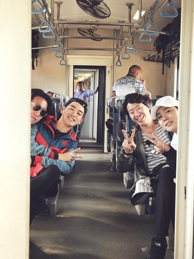 Dù rất thân, nam ca sĩ Eric Nam vẫn không dám tiết lộ điều gì cho nam thần đẹp trai nhất nhà YG vì lý do... khó nói - Ảnh 3.
