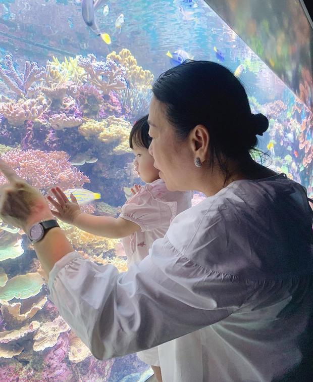 Chỉ bằng một hành động nhỏ, Hoa hậu Đặng Thu Thảo thay vạn lời chứng minh mối quan hệ thân thiết với mẹ chồng - Ảnh 1.