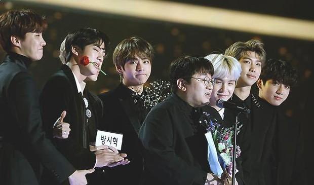 """Tiên tri như chủ tịch Big Hit: Từ khi kém nổi đã biết BTS sẽ có ngày """"một bước lên mây"""" qua đúng 2 ca khúc! - Ảnh 4."""
