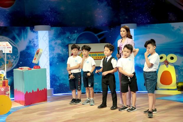 Shark nhí: Minh Hằng phấn khích với ông chủ nhỏ tuổi nhất Việt Nam - Ảnh 3.