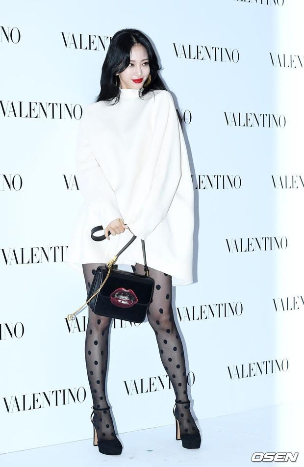 Sự kiện sang chảnh gây bão: Mỹ nhân Han Ye Seul đỉnh đến mức át cả Park Min Young, Hoa hậu ngực khủng kín lạ - Ảnh 5.