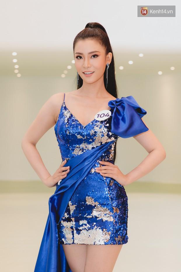 Sơ khảo Hoa hậu Hoàn vũ: Giám khảo Thanh Hằng thần thái chặt chém, Thúy Vân chưa thi đã chiếm spotlight giữa dàn mỹ nhân - Ảnh 20.