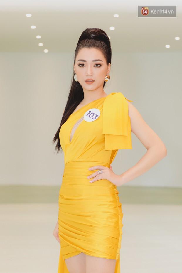 Sơ khảo Hoa hậu Hoàn vũ: Giám khảo Thanh Hằng thần thái chặt chém, Thúy Vân chưa thi đã chiếm spotlight giữa dàn mỹ nhân - Ảnh 19.
