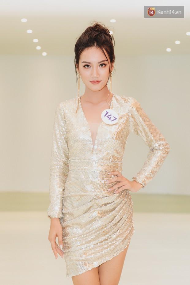 Sơ khảo Hoa hậu Hoàn vũ: Giám khảo Thanh Hằng thần thái chặt chém, Thúy Vân chưa thi đã chiếm spotlight giữa dàn mỹ nhân - Ảnh 18.