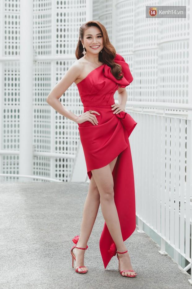 Sơ khảo Hoa hậu Hoàn vũ: Giám khảo Thanh Hằng thần thái chặt chém, Thúy Vân chưa thi đã chiếm spotlight giữa dàn mỹ nhân - Ảnh 2.