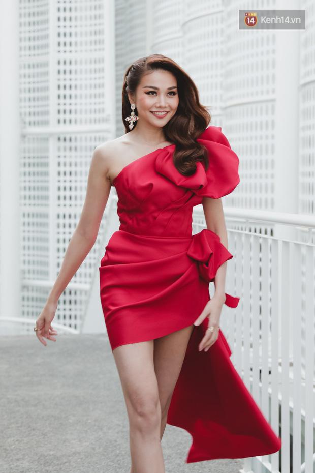 Sơ khảo Hoa hậu Hoàn vũ: Giám khảo Thanh Hằng thần thái chặt chém, Thúy Vân chưa thi đã chiếm spotlight giữa dàn mỹ nhân - Ảnh 1.