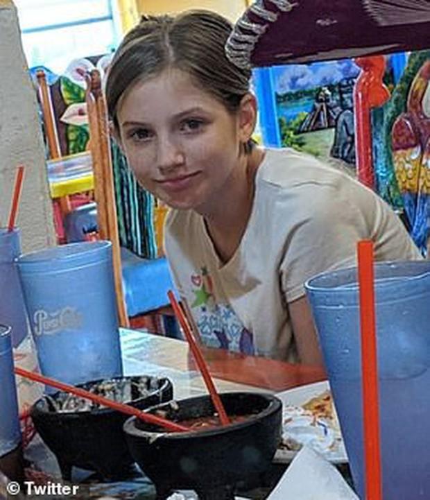 Thi thể bé gái 10 tuổi trong nhà kho tố cáo tội ác của bà mẹ kế, trước khi chết còn bị kẻ thủ ác đặt điều lừa dối người nhà - Ảnh 2.