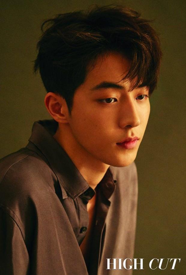 Không chỉ Kingdom 2, Nam Joo Hyuk và binh đoàn trai đẹp phim Hàn sắp tổng tấn công chị em đây - Ảnh 5.