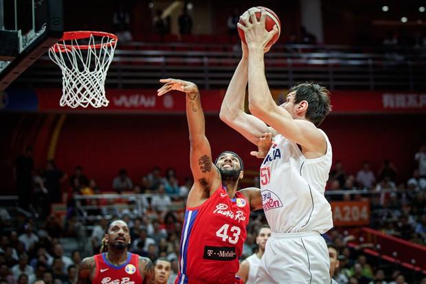 Thắng áp đảo Puerto Rico, Serbia mở đầu thuận lợi ở vòng 2 FIBA World Cup 2019 - Ảnh 1.