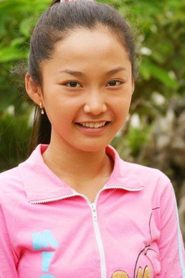Sao nhí Kính vạn hoa sau 15 năm: Thay đổi ngoạn mục, Angela Phương Trinh có lột xác ấn tượng bằng nữ chính? - Ảnh 1.