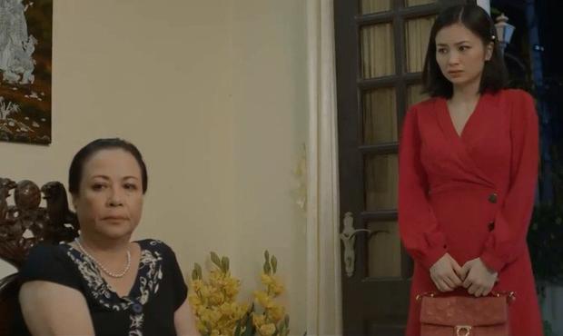 4 màn ăn vạ của mẹ chồng phim Việt: Giả điên như bà Kim (Hoa Hồng Trên Ngực Trái) rồi ai dám lấy chồng nữa? - Ảnh 5.