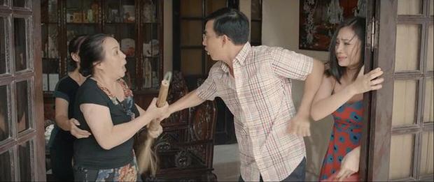 4 màn ăn vạ của mẹ chồng phim Việt: Giả điên như bà Kim (Hoa Hồng Trên Ngực Trái) rồi ai dám lấy chồng nữa? - Ảnh 7.