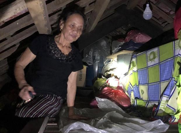 Cuộc sống co ro trên gác mái với bát cơm trắng của người dân Hà Tĩnh - Ảnh 8.