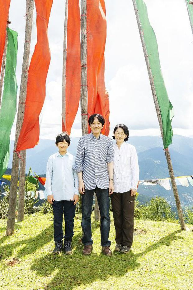 Cung điện công bố một loạt ảnh mừng sinh nhật Hoàng tử Nhật Bản, cho thấy đấng quân vương tương lai được nuôi dạy thế nào - Ảnh 4.