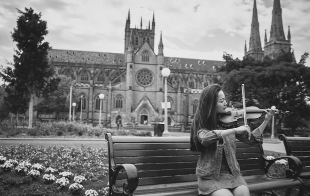 Sao nhí Kính vạn hoa sau 15 năm: Thay đổi ngoạn mục, Angela Phương Trinh có lột xác ấn tượng bằng nữ chính? - Ảnh 9.