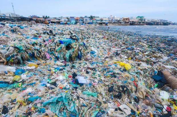 Từ thư ngỏ của Thủ tướng Chính phủ đến sự biến mất của chai nhựa trong các cuộc họp tại cơ quan, chính quyền địa phương - Ảnh 1.