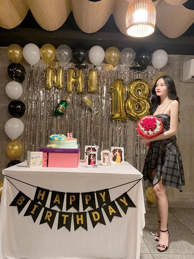Mẫu nhí 13 tuổi từng nổi đình đám vì chiều cao 1m73: Giờ đã là thiếu nữ 18 tuổi xinh đẹp và sang chảnh hết nấc - Ảnh 6.