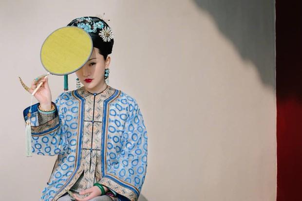 9 mỹ nhân trong bộ trang phục nhà Thanh: Dương Mịch xinh đẹp lộng lẫy, Châu Tấn soái khí ngút trời - Ảnh 19.
