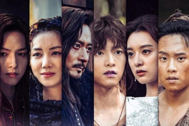 5 phim Hàn có diễn viên toàn Avengers huỷ diệt rating sắp trở lại: Bom tấn 700 tỉ của Song Joong Ki có kịp bứt phá? - Ảnh 1.
