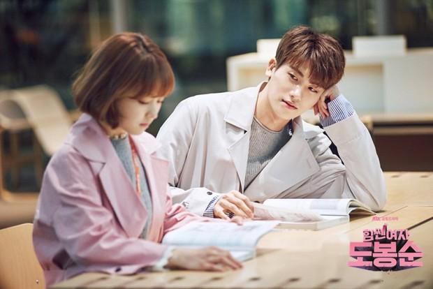 """Các cặp sao Hàn hot được fan đẩy thuyền tích cực nhất: Jennie - Mino có twist"""" cực mạnh, có cặp chênh hẳn 18 tuổi - Ảnh 13."""