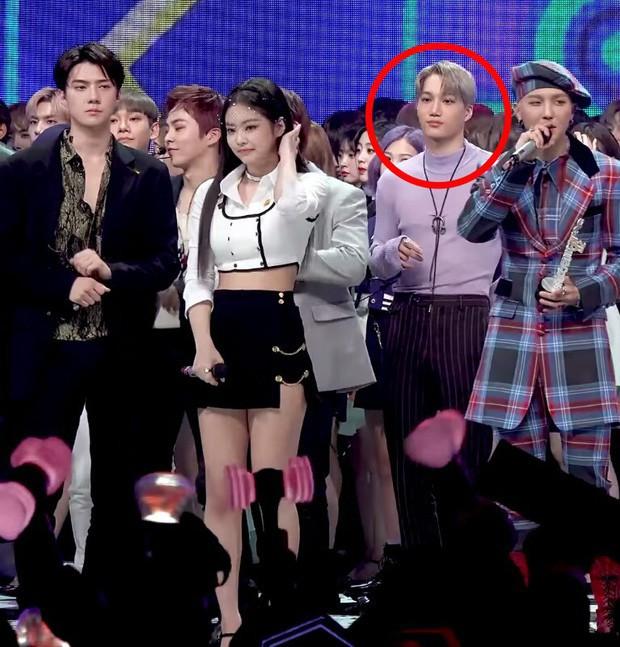 """Các cặp sao Hàn hot được fan đẩy thuyền tích cực nhất: Jennie - Mino có twist"""" cực mạnh, có cặp chênh hẳn 18 tuổi - Ảnh 5."""