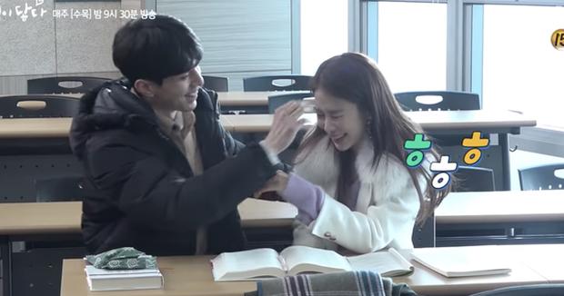 """Các cặp sao Hàn hot được fan đẩy thuyền tích cực nhất: Jennie - Mino có twist"""" cực mạnh, có cặp chênh hẳn 18 tuổi - Ảnh 7."""