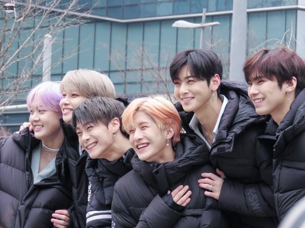 30 boygroup hot nhất Kpop hiện nay: Hạng 1 không lạ, hạng 2 gây choáng vì vượt mặt cả EXO và dàn idol nổi tiếng - Ảnh 8.