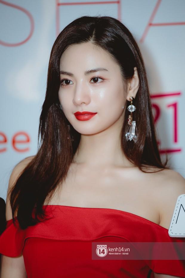 Mỹ nhân đẹp nhất thế giới Nana gây sốt khi dự sự kiện ở Việt Nam: Nhan sắc, body ngoài đời có đỉnh cao như lời đồn? - Ảnh 10.