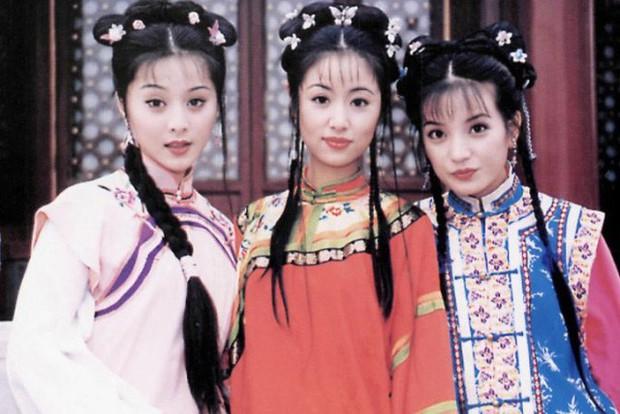 9 mỹ nhân trong bộ trang phục nhà Thanh: Dương Mịch xinh đẹp lộng lẫy, Châu Tấn soái khí ngút trời - Ảnh 1.