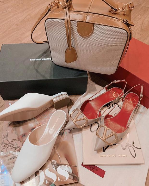 Tủ đồ của nàng công sở mà thiếu một mẫu giày thì sẽ bớt vài phần thú vị, mix đồ cũng khó sang chảnh - Ảnh 12.