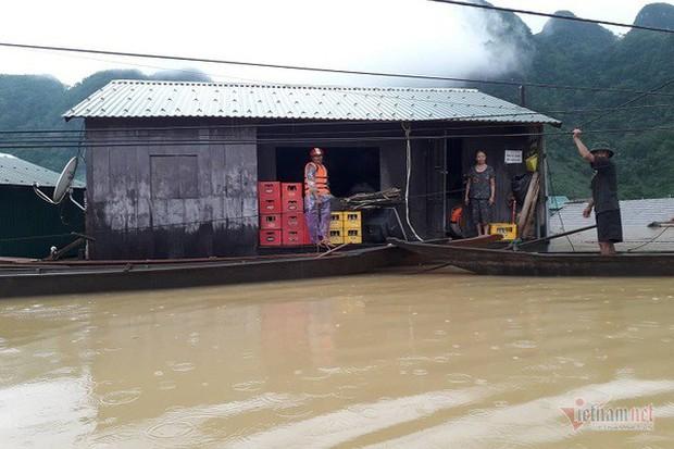 Nhờ sáng tạo này, dân Quảng Bình không phải lên núi trú ẩn khi lũ ập - Ảnh 6.