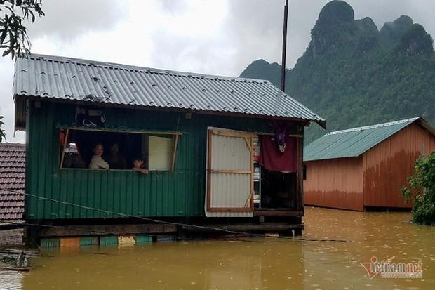 Nhờ sáng tạo này, dân Quảng Bình không phải lên núi trú ẩn khi lũ ập - Ảnh 7.