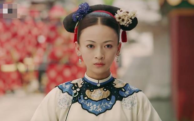 9 mỹ nhân trong bộ trang phục nhà Thanh: Dương Mịch xinh đẹp lộng lẫy, Châu Tấn soái khí ngút trời - Ảnh 22.