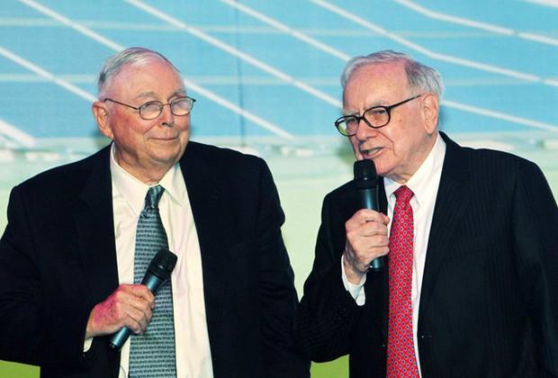 Thuở hàn vi, Warren Buffett từng nhận lời làm việc không cần nhìn mức lương, lý do chính là bài học bất cứ ai muốn tiến xa trong sự nghiệp cần nhớ - Ảnh 2.