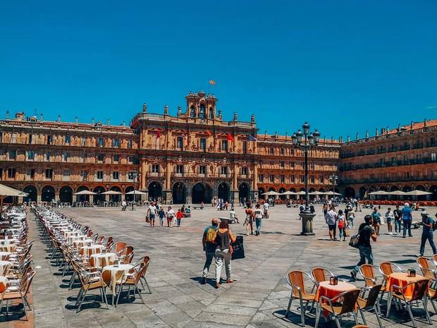 16 trường đại học đẹp nhất thế giới với kiến trúc xinh như cổ tích, sinh viên đi học đứng góc nào cũng có hình sống ảo nghìn like - Ảnh 14.