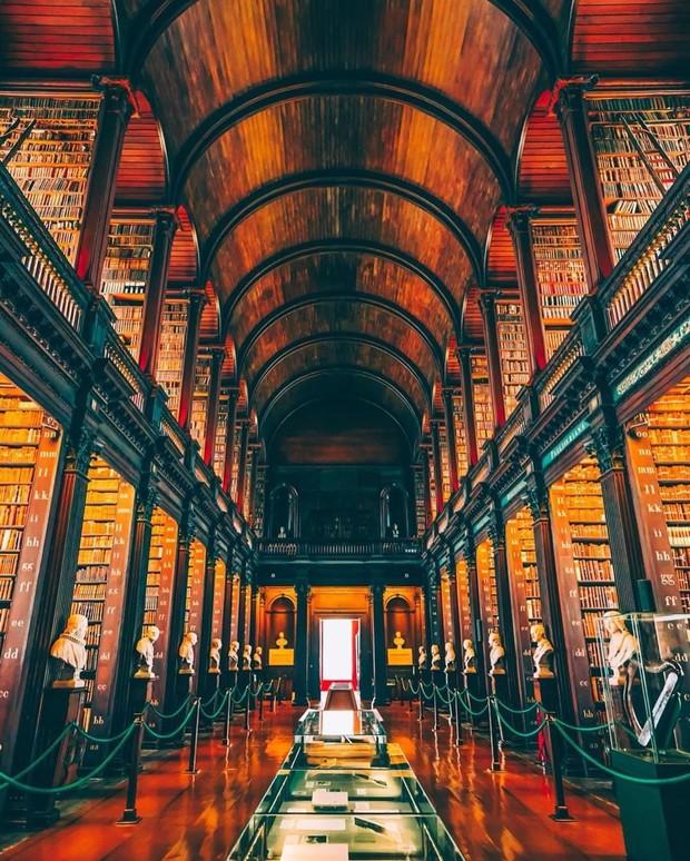 16 trường đại học đẹp nhất thế giới với kiến trúc xinh như cổ tích, sinh viên đi học đứng góc nào cũng có hình sống ảo nghìn like - Ảnh 15.