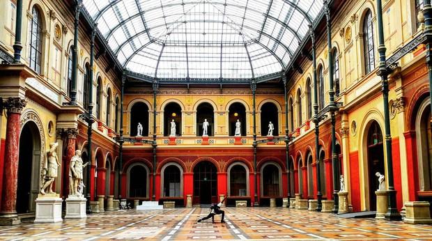 16 trường đại học đẹp nhất thế giới với kiến trúc xinh như cổ tích, sinh viên đi học đứng góc nào cũng có hình sống ảo nghìn like - Ảnh 16.